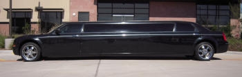 Side view Chrysler Limousine
